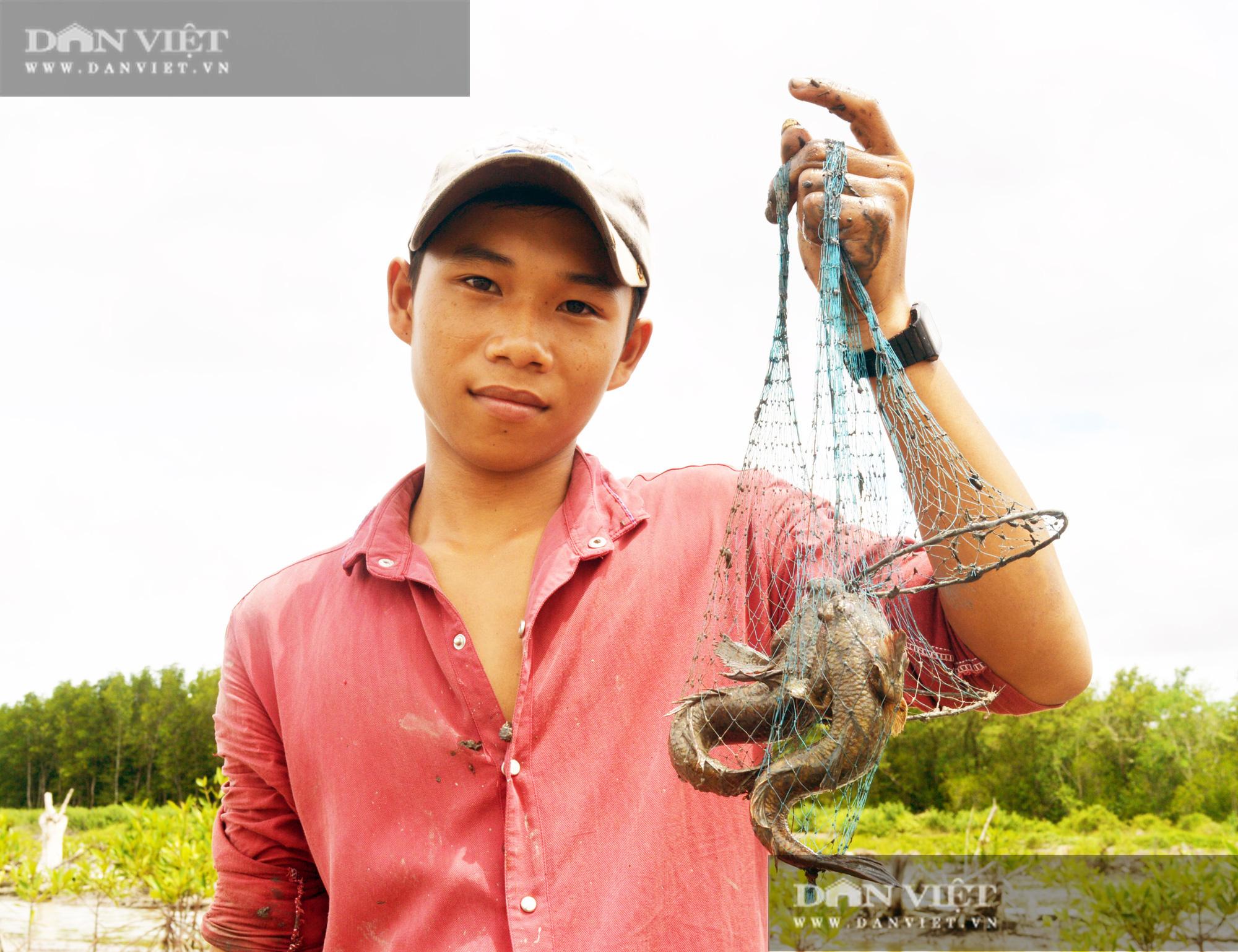 """Nuôi tôm hung dữ, bắt cá leo cây, và cơ man đặc sản """"độc, lạ"""" ở tỉnh Cà Mau, nhìn thôi đã thấy thèm Logo-logo-dsc3385-16010505265401967020213"""