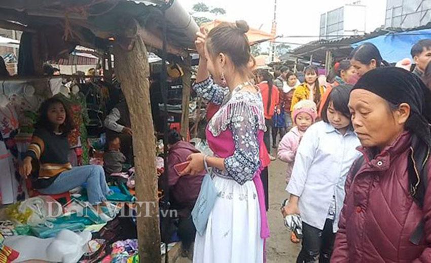 Thiếu nữ Mông Bắc Kạn mặt tươi như hoa, tay mềm như lửa, thoăn thoắt đưa kim may váy, áo thoát nghèo - Ảnh 8.
