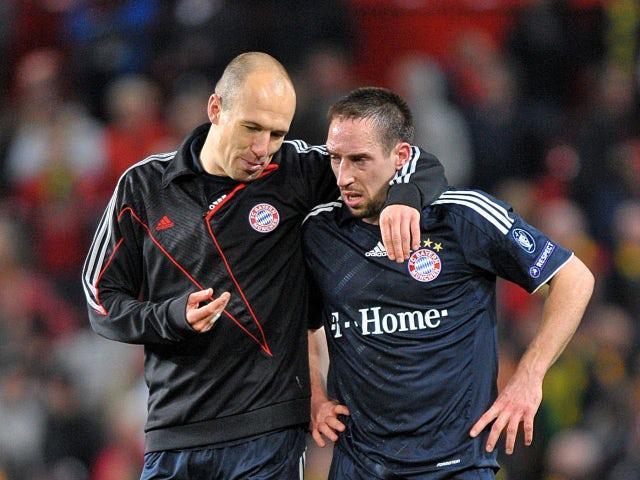 """5 vụ """"gà nhà đá nhau"""" tai tiếng của bóng đá: Có Balotelli, Ibrahimovic - Ảnh 2."""