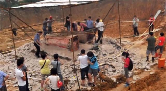 Bí ẩn về 21 chiếc quan tài đi 7 cửa 'tung hỏa mù' trong đám tang Bao Công khiến cả thiên hạ nhầm lẫn - Ảnh 6.