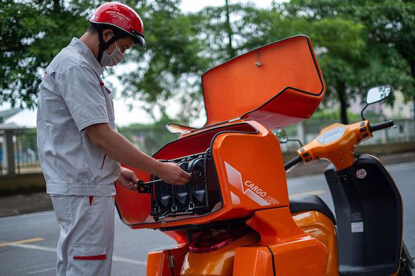 Bloomberg: Xe máy điện VinFast hướng tới tương lai của giao thông xanh tại Việt Nam - Ảnh 5.