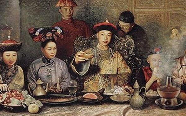 Vì sao trong bữa ăn của vua Càn Long luôn có món bánh trứng? - Ảnh 1.