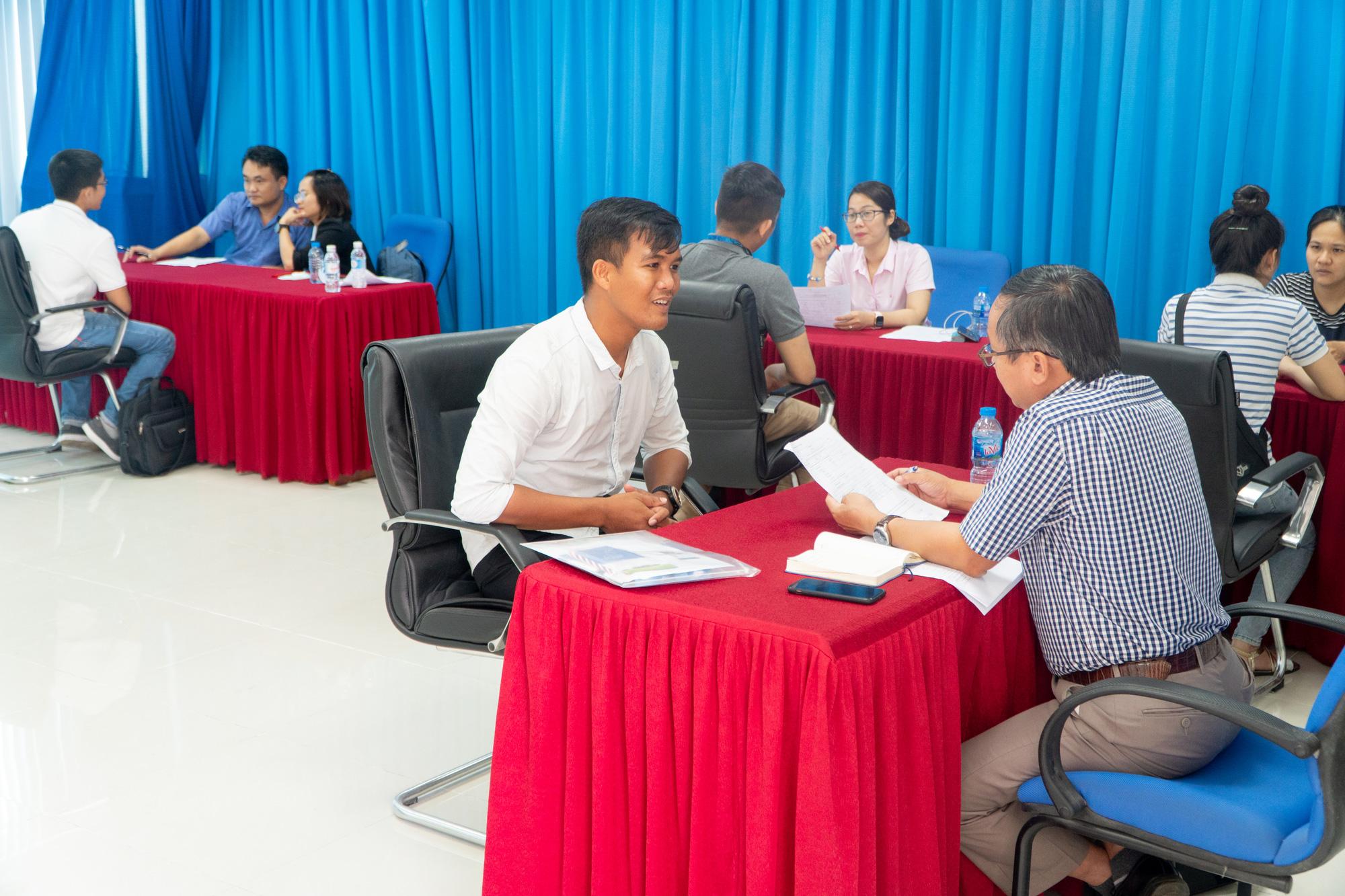 Sắp diễn ra Ngày hội việc làm 2020 tại Trường ĐH Nông Lâm TP.HCM - Ảnh 1.
