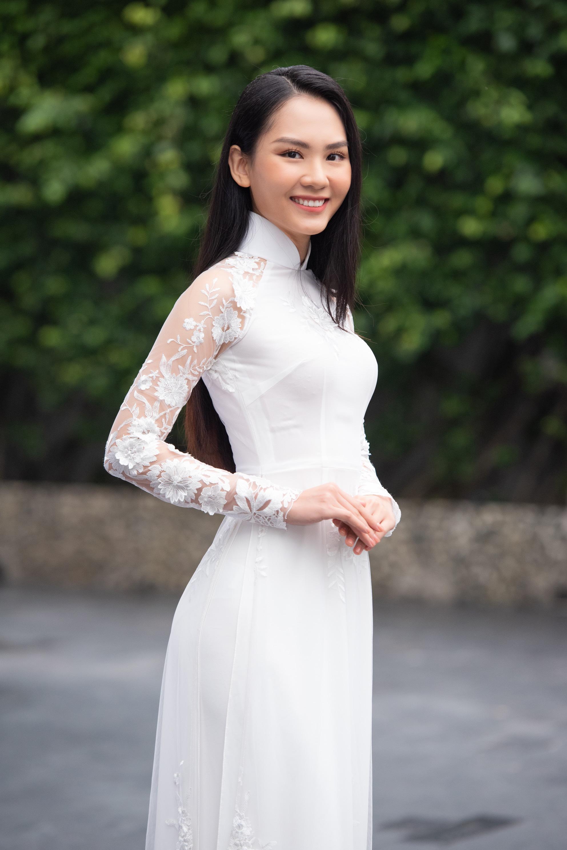 """Thí sinh U60 gây """"sốt"""" xuất hiện tại Sơ khảo Hoa hậu Việt Nam 2020, khác xa ảnh hiếm hoi quyến rũ? - Ảnh 10."""