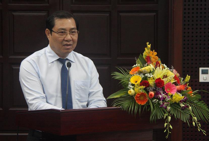Chủ tịch Đà Nẵng gửi thư cảm ơn các đoàn công tác đã sát cánh cùng Đà Nẵng chống Covid-19 - Ảnh 1.