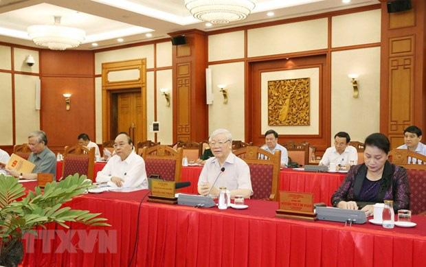 Bộ Chính trị làm việc về chuẩn bị đại hội các đảng bộ trực thuộc Trung ương - Ảnh 1.