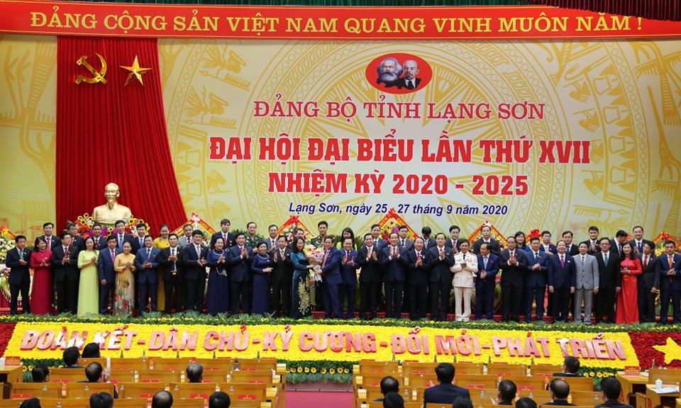 BCH Đảng bộ khóa XVII, nhiệm kỳ 2020- 2025 ra mắt tại Đại hội