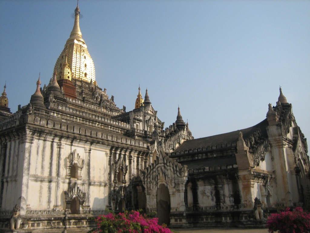 Bí mật về 7 đền chùa thiêng ở Myanmar mà bạn không nên bỏ qua - Ảnh 3.