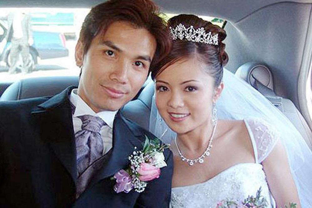 """Mạnh Quỳnh bên vợ xinh đẹp bí ẩn """"không bao giờ ghen"""" với Phi Nhung giờ ra sao? - Ảnh 1."""