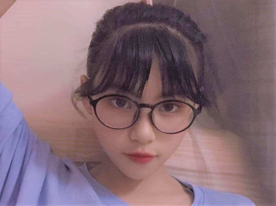 Tìm thấy nữ sinh xinh đẹp mất tích nhiều ngày đang chuẩn bị bay vào TP Hồ Chí Minh - Ảnh 1.