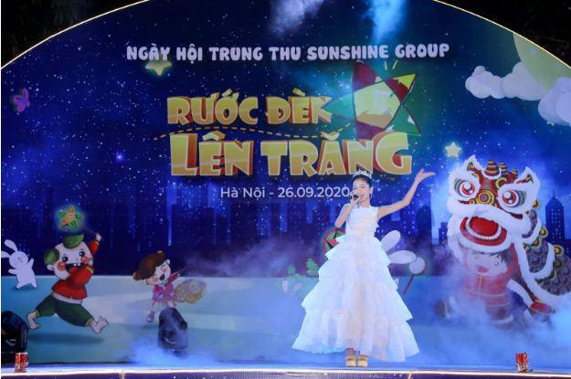 """Cư dân nhí tưng bừng 'Rước đèn lên trăng"""" trong đêm hội Trung thu của Sunshine Group - Ảnh 5."""