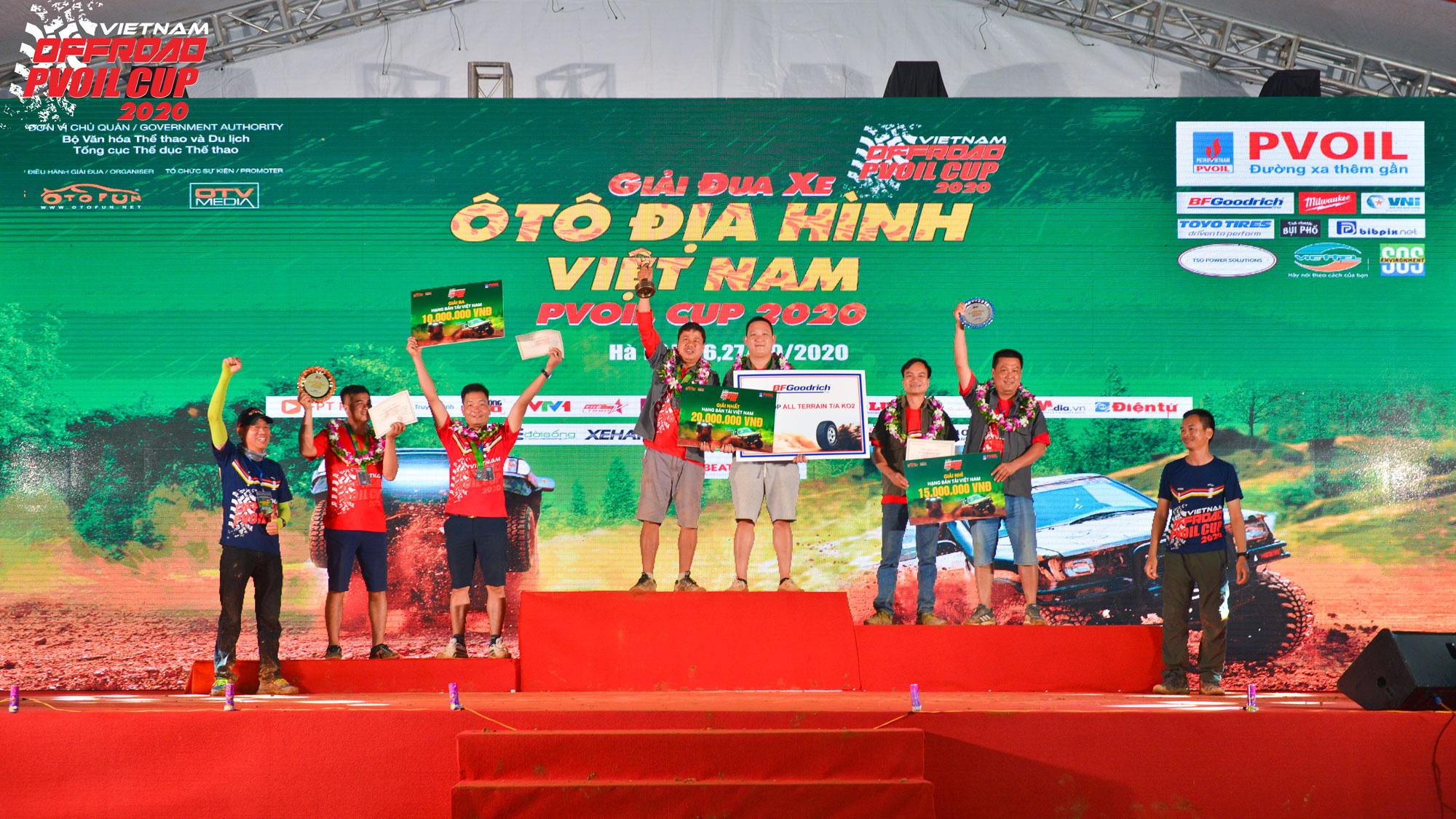 Lộ diện những nhà vô địch Giải đua xe Ô tô địa hình Việt Nam PVOIL Cup 2020 - Ảnh 1.