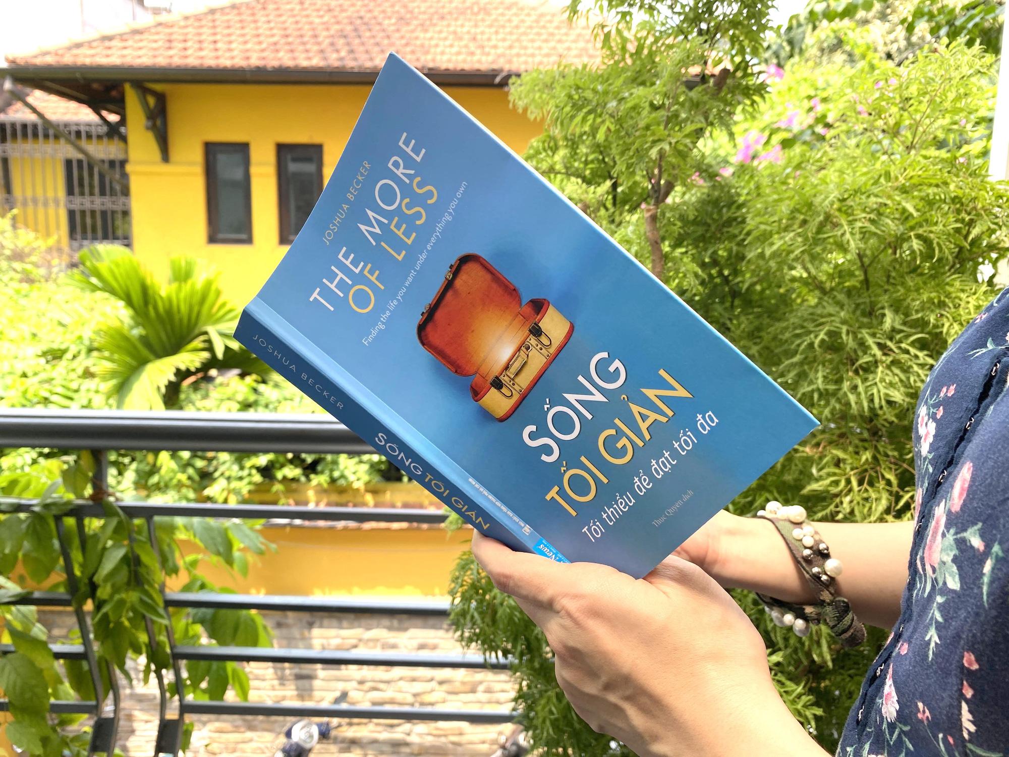 Cuốn sách đi ngược quan niệm sai lầm rằng sống tối giản là từ bỏ mọi thứ - Ảnh 1.
