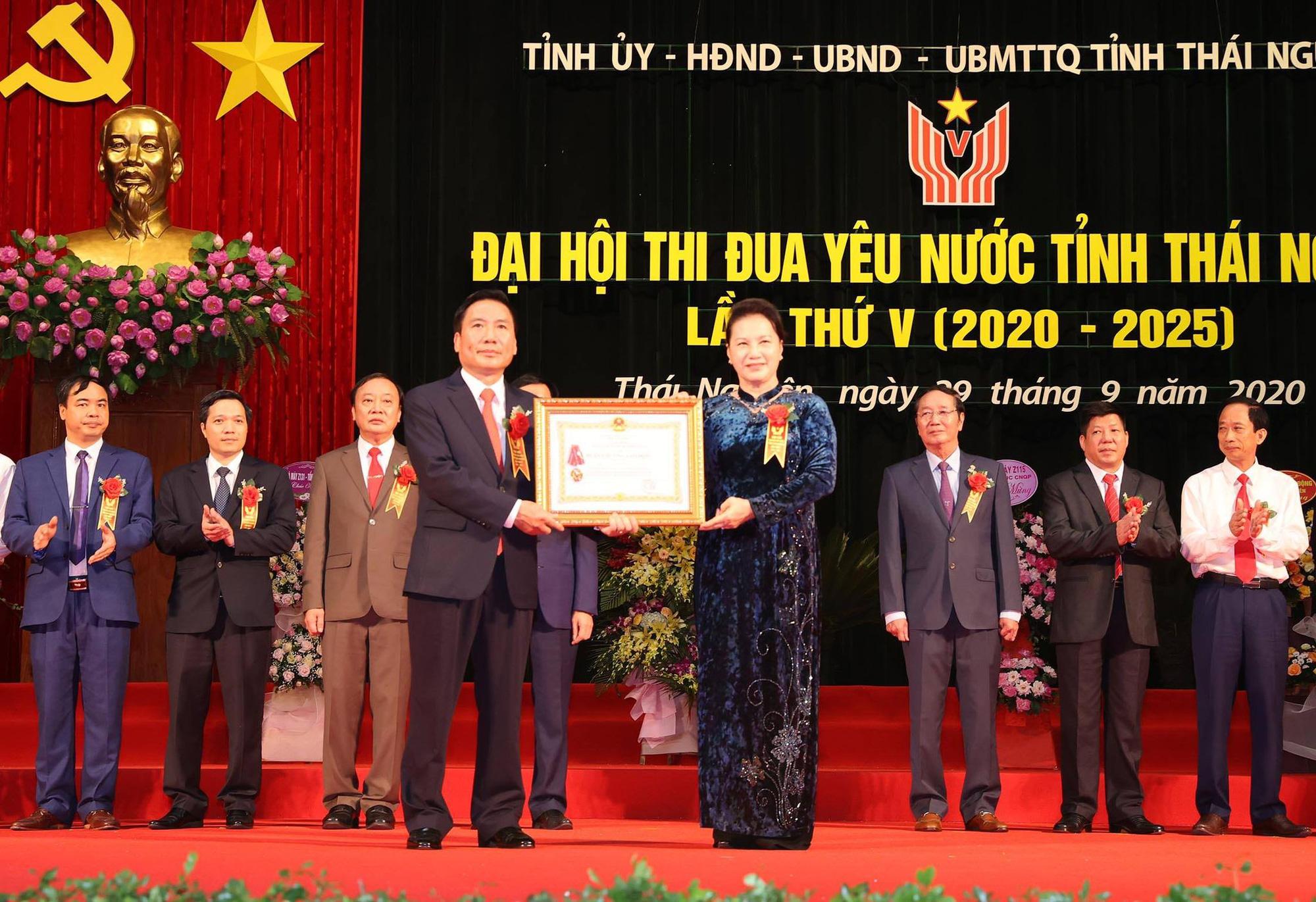 Chủ tịch Quốc hội: Thái Nguyên cần tiếp tục phát động phong trào thi đua rộng khắp - Ảnh 2.