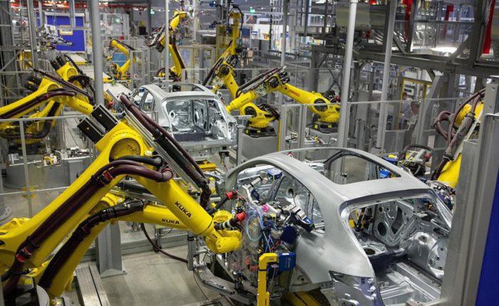 Mơ bán 1,8 triệu ô tô/năm: Đổ nghìn tỷ xây nhà máy, vừa làm vừa lo - Ảnh 1.