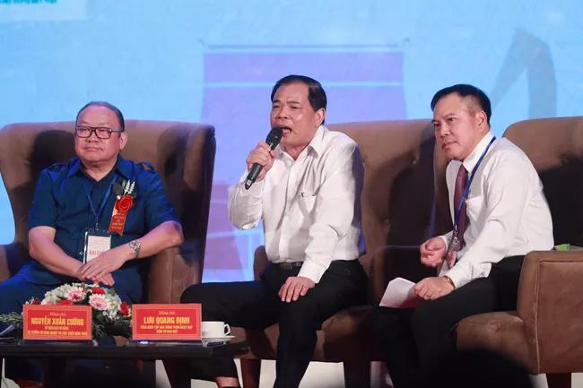 Thủ tướng Nguyễn Xuân Phúc: Bỏ tù đại lý, cá nhân sản xuất phân bón giả - Ảnh 3.