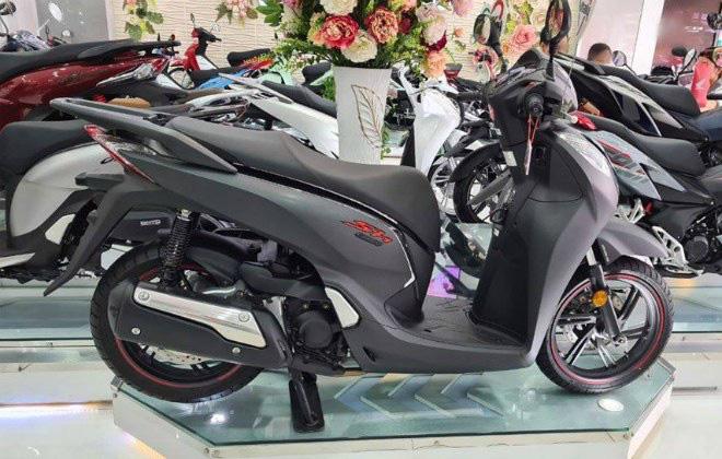 Tin xe (29/9): Xe Honda SH giảm giá kỷ lục, VinFast Lux SA2.0 giảm gần 800 triệu - Ảnh 1.
