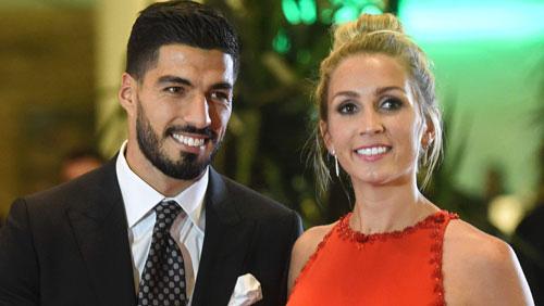Luis Suarez và bà xã Sofia.