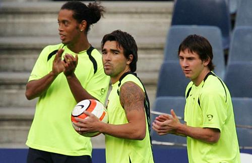 """Đưa Messi lên số 1 thế giới, HLV Guardiola đã từng """"trảm"""" 4 siêu sao nào ở Barca? - Ảnh 2."""