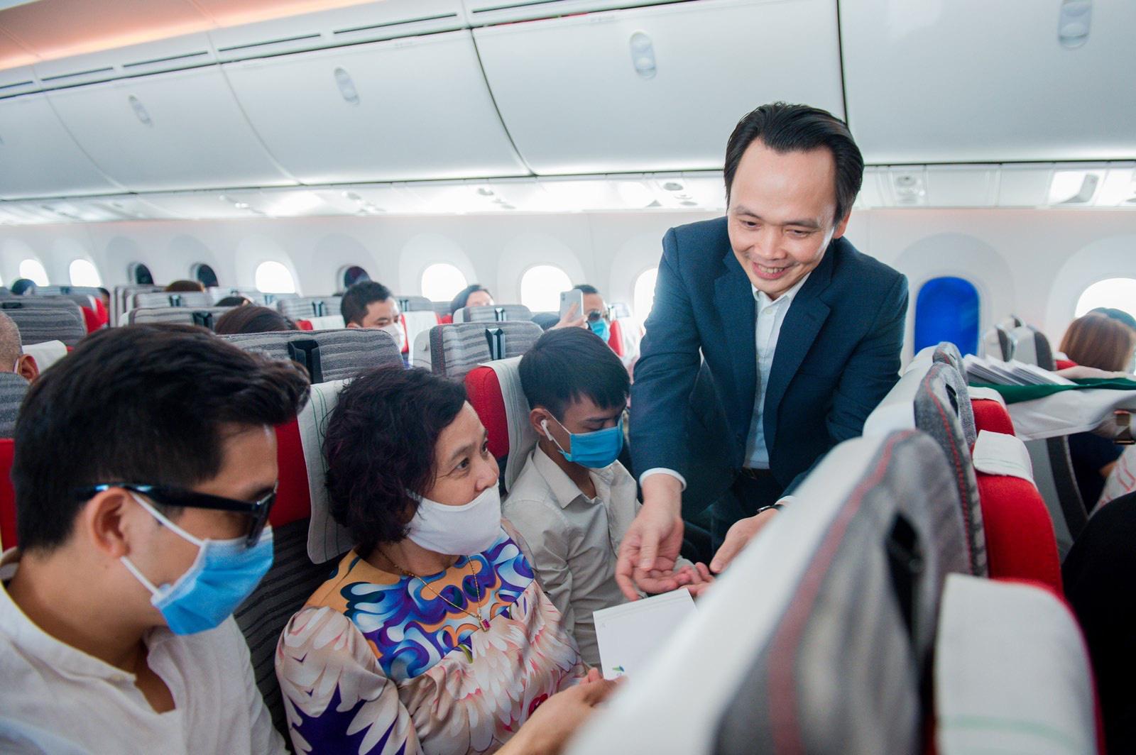 Bamboo Airways của tỷ phú Trịnh Văn Quyết chuẩn bị vận chuyển Vắc xin ngừa Covid-19 - Ảnh 2.