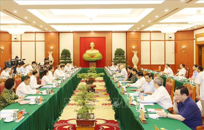 Tổng Bí thư, Chủ tịch nước chủ trì buổi làm việc với Ban Thường vụ Thành ủy TP Hồ Chí Minh - Ảnh 5.