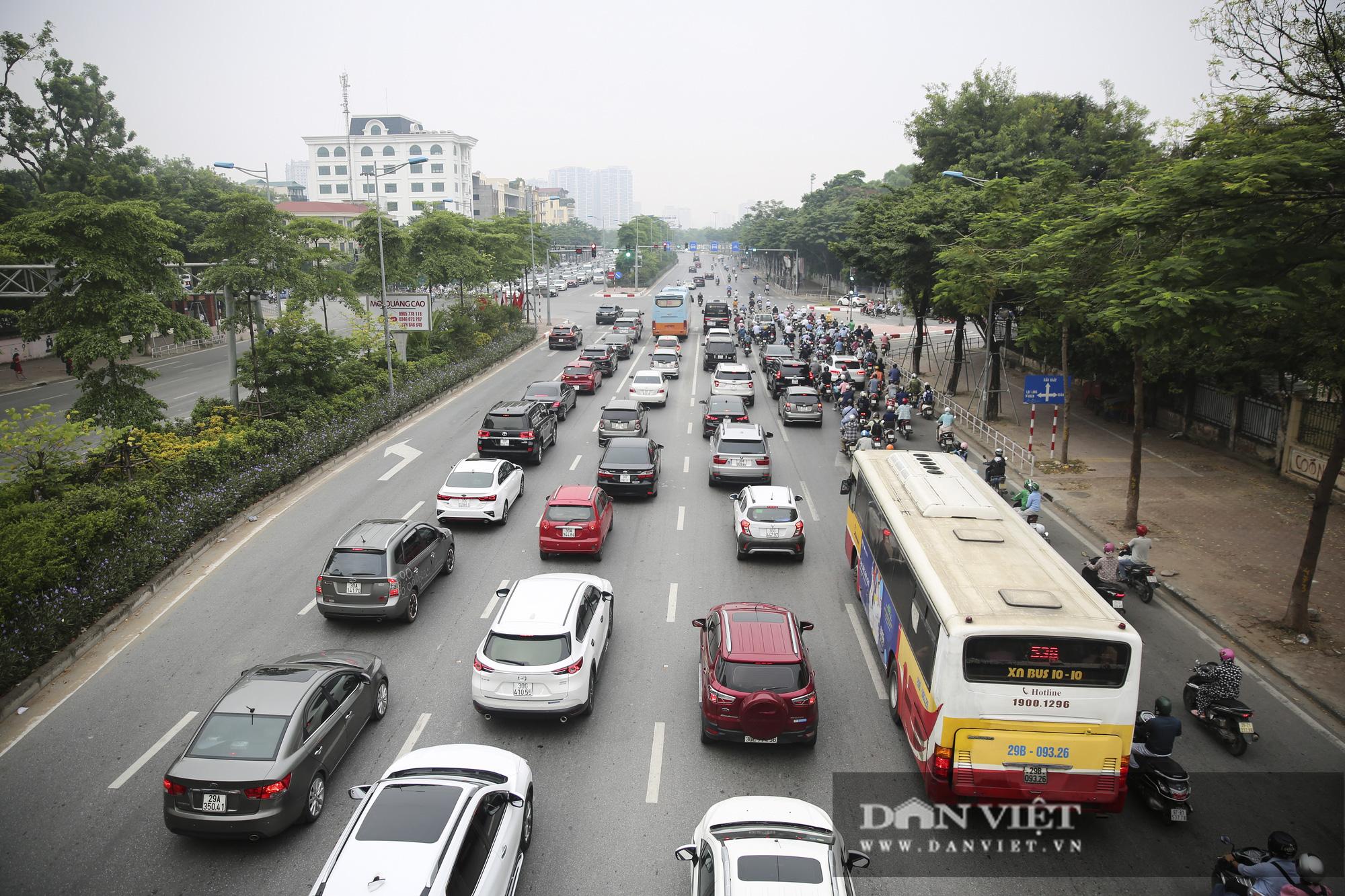 Cập nhật tình hình giao thông tại các cửa ngõ vào nội thành Hà Nội sau nghỉ lễ 2/9 - Ảnh 3.