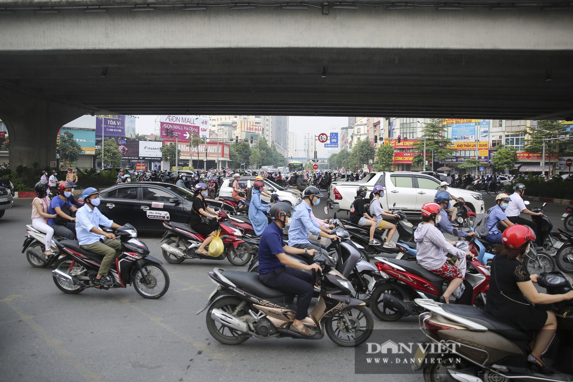 Cập nhật tình hình giao thông tại các cửa ngõ vào nội thành Hà Nội sau nghỉ lễ 2/9 - Ảnh 5.