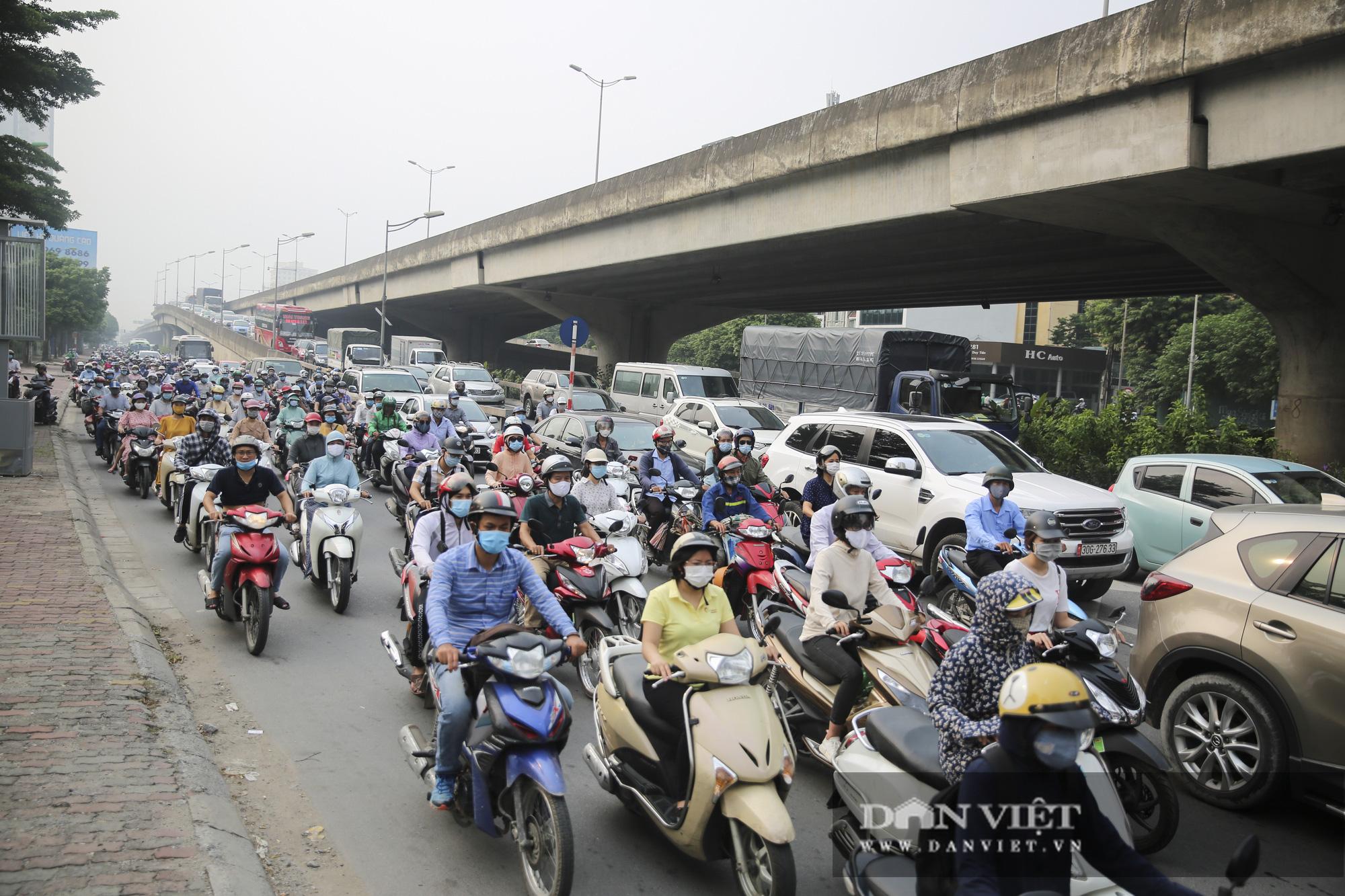 Cập nhật tình hình giao thông tại các cửa ngõ vào nội thành Hà Nội sau nghỉ lễ 2/9 - Ảnh 7.
