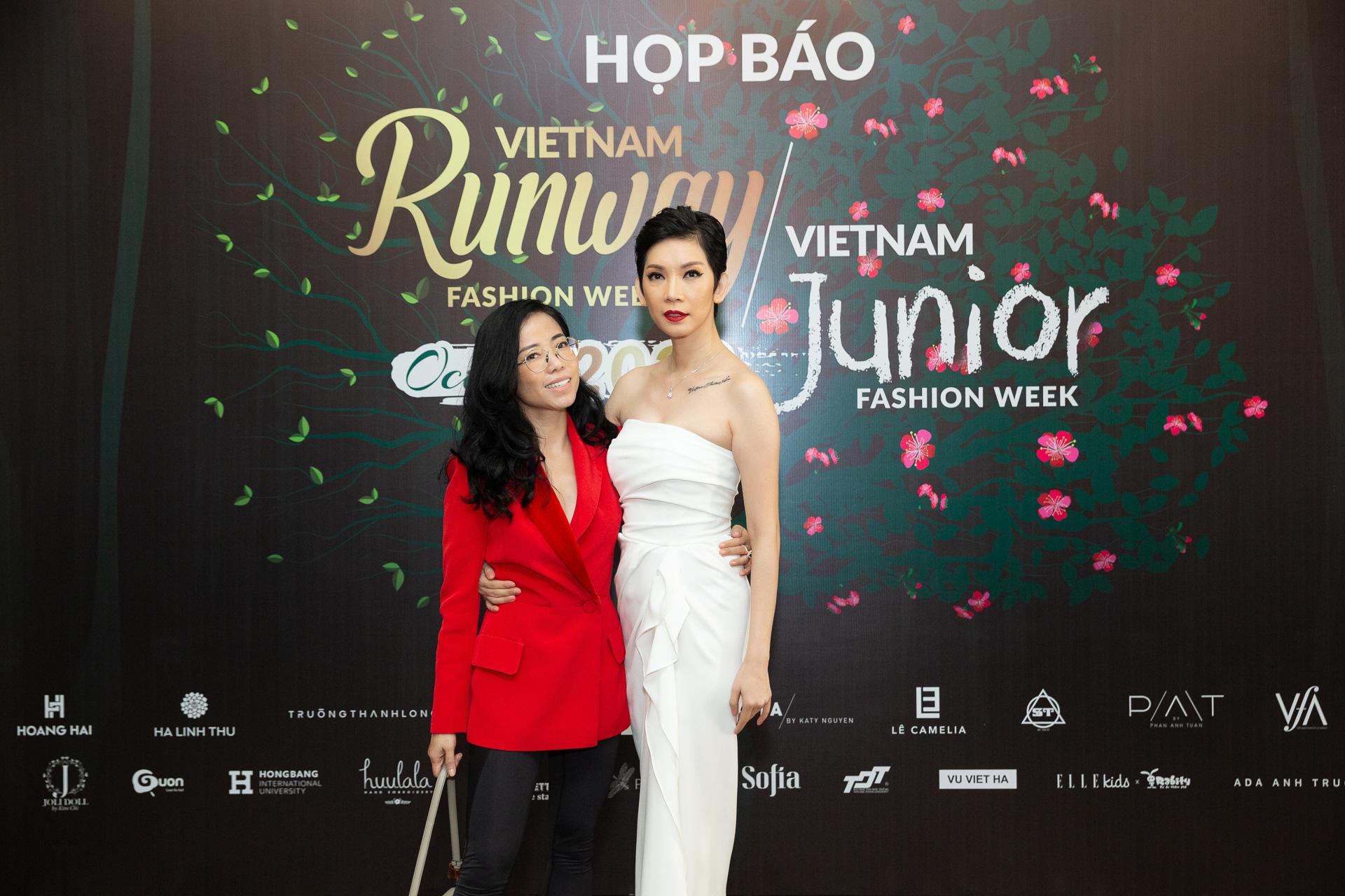 Hoàng Hải, Hà Linh Thư mở màn show diễn thời trang Vietnam Runway Fashion Week  - Ảnh 1.