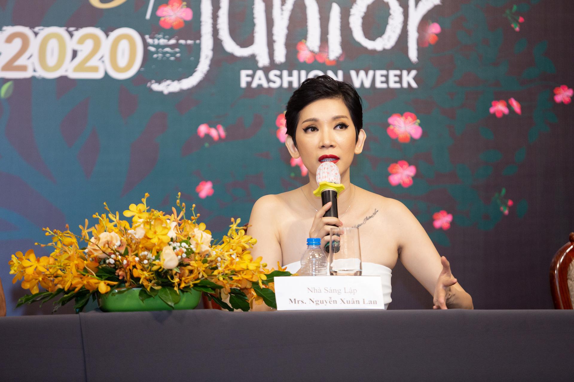 Hoàng Hải, Hà Linh Thư mở màn show diễn thời trang Vietnam Runway Fashion Week  - Ảnh 2.
