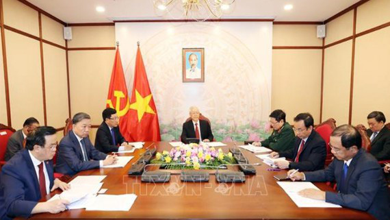 Tổng Bí thư, Chủ tịch nước Nguyễn Phú Trọng điện đàm với Tổng Bí thư, Chủ tịch nước Trung Quốc Tập Cận Bình - Ảnh 1.