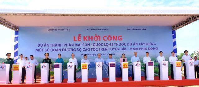 Thủ tướng Nguyễn Xuân Phúc dự lễ khởi đường cao tốc Bắc Nam đoạn qua Thanh Hóa - Ảnh 2.