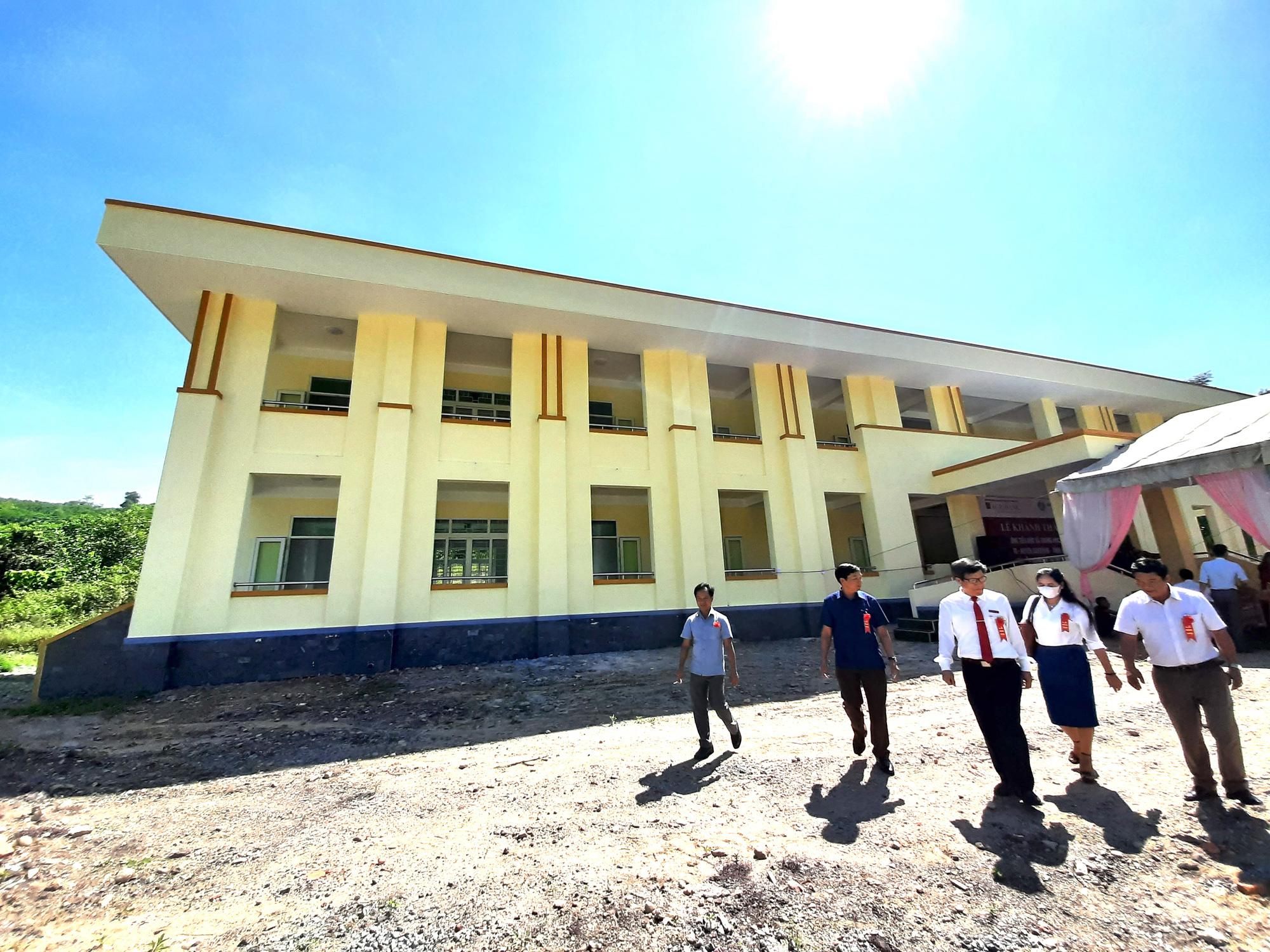Ngân hàng Agribank xây trường học 5 tỷ đồng ở Quảng Trị - Ảnh 6.