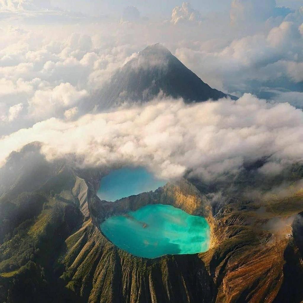 Những sông hồ có màu lạ trên thế giới - Ảnh 2.