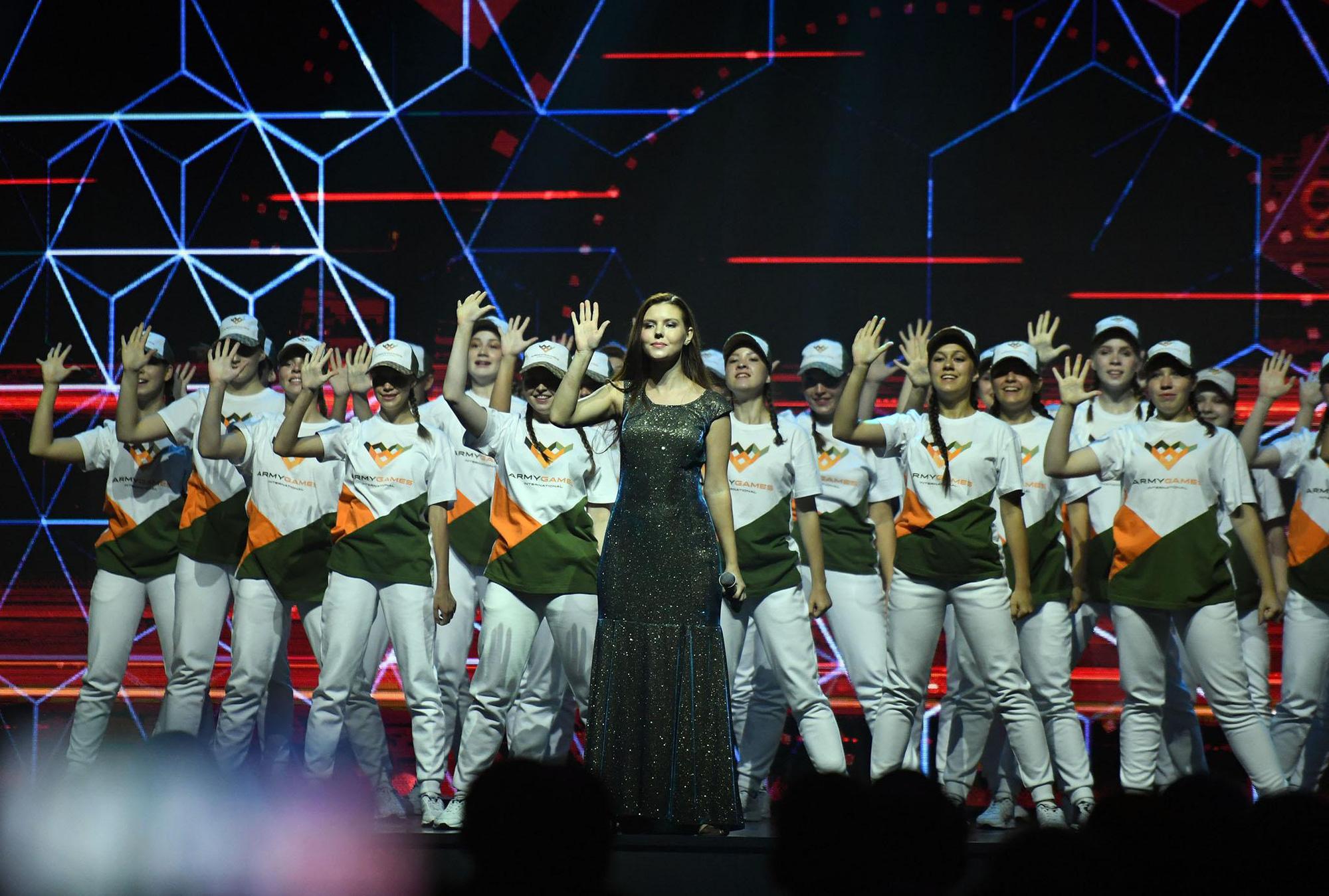 Những hình ảnh ấn tượng, pháo hoa rực rỡ tại lễ bế mạc Army Games 2020 - Ảnh 5.