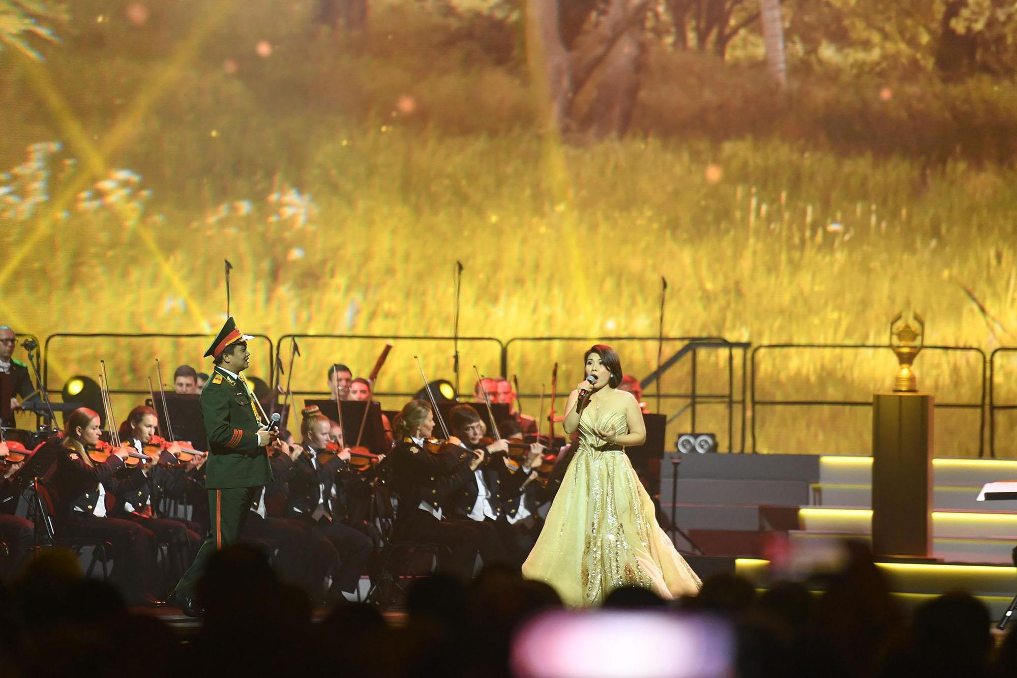 Những hình ảnh ấn tượng, pháo hoa rực rỡ tại lễ bế mạc Army Games 2020 - Ảnh 7.