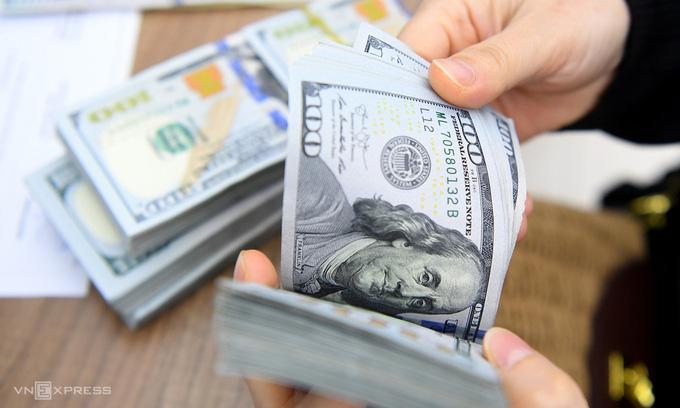 Giá USD dự báo 'lặng sóng' đến hết năm  - Ảnh 1.