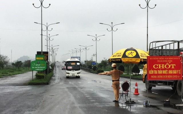 Quảng Ninh: Từ 15h ngày 8/9, dừng hoạt động các chốt kiểm soát liên ngành phòng, chống dịch Covid-19 - Ảnh 1.