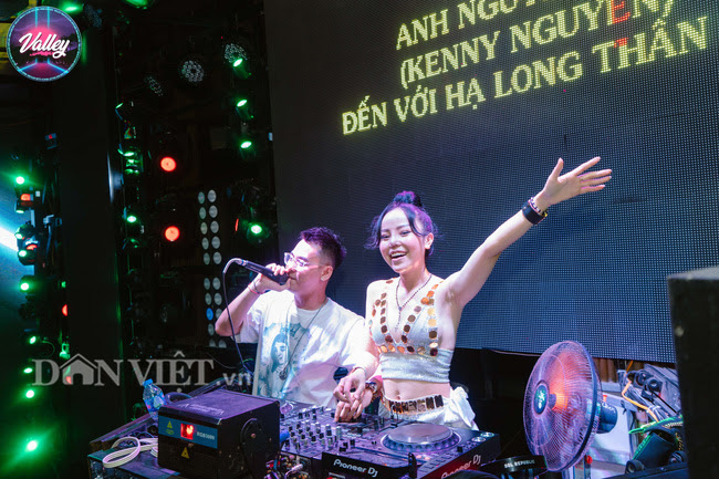 Quảng Ninh mở lại dịch vụ karaoke, vũ trường, massage - Ảnh 1.