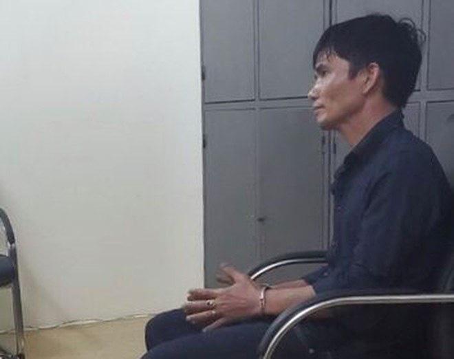 Bắc Ninh: Bắt giữ đối tượng hành hạ con, tàng trữ trái phép vũ khí quân dụng, ma túy - Ảnh 1.