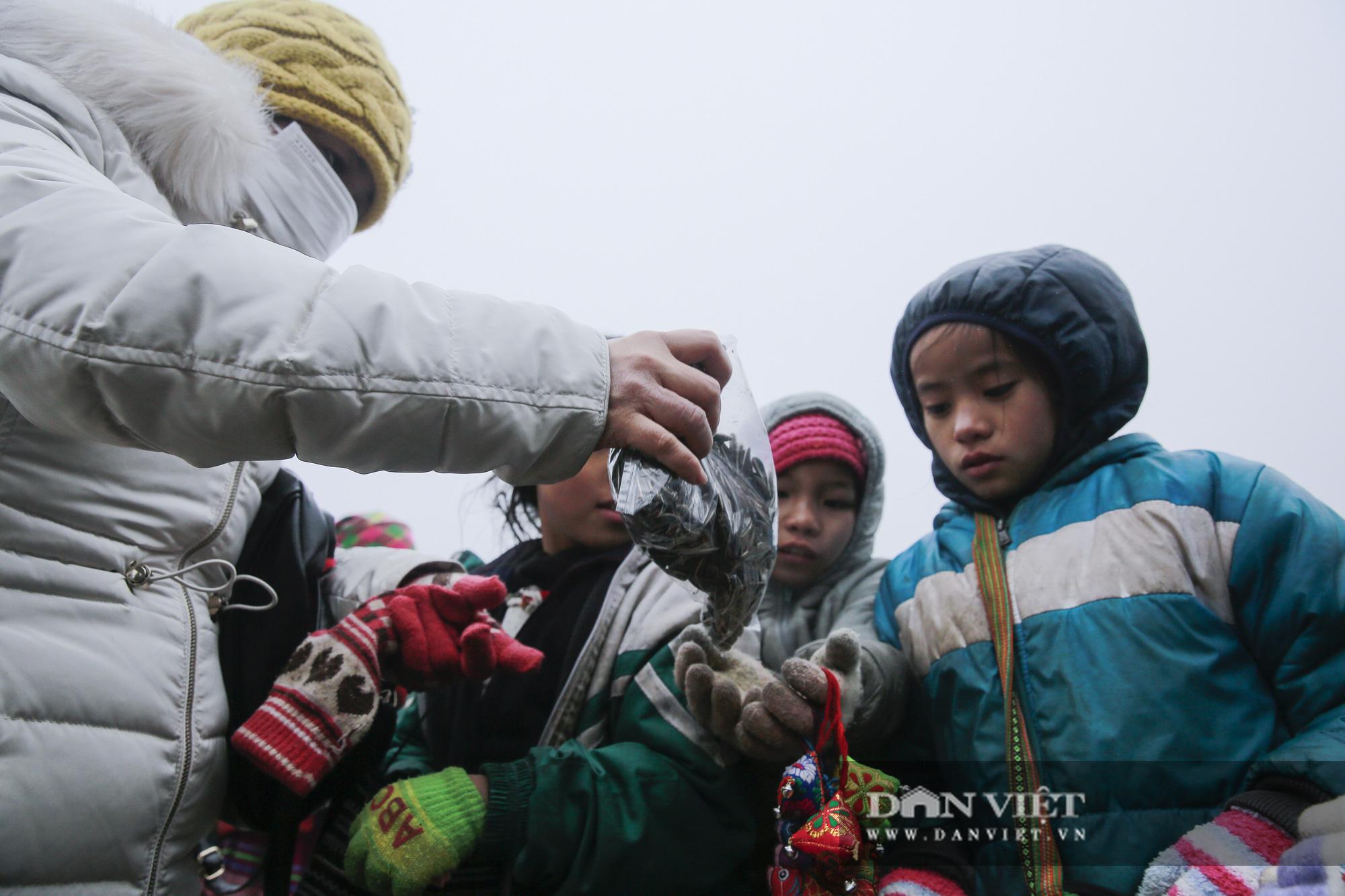 Sa Pa kêu gọi du khách đồng lòng bảo vệ quyền trẻ em - Ảnh 12.
