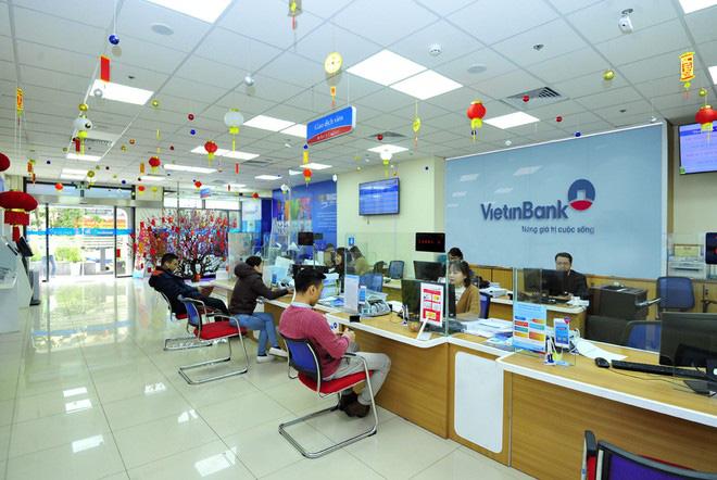 VietinBank nhận phí 'lót tay' 350 triệu USD khi bán bảo hiểm độc quyền? - Ảnh 1.
