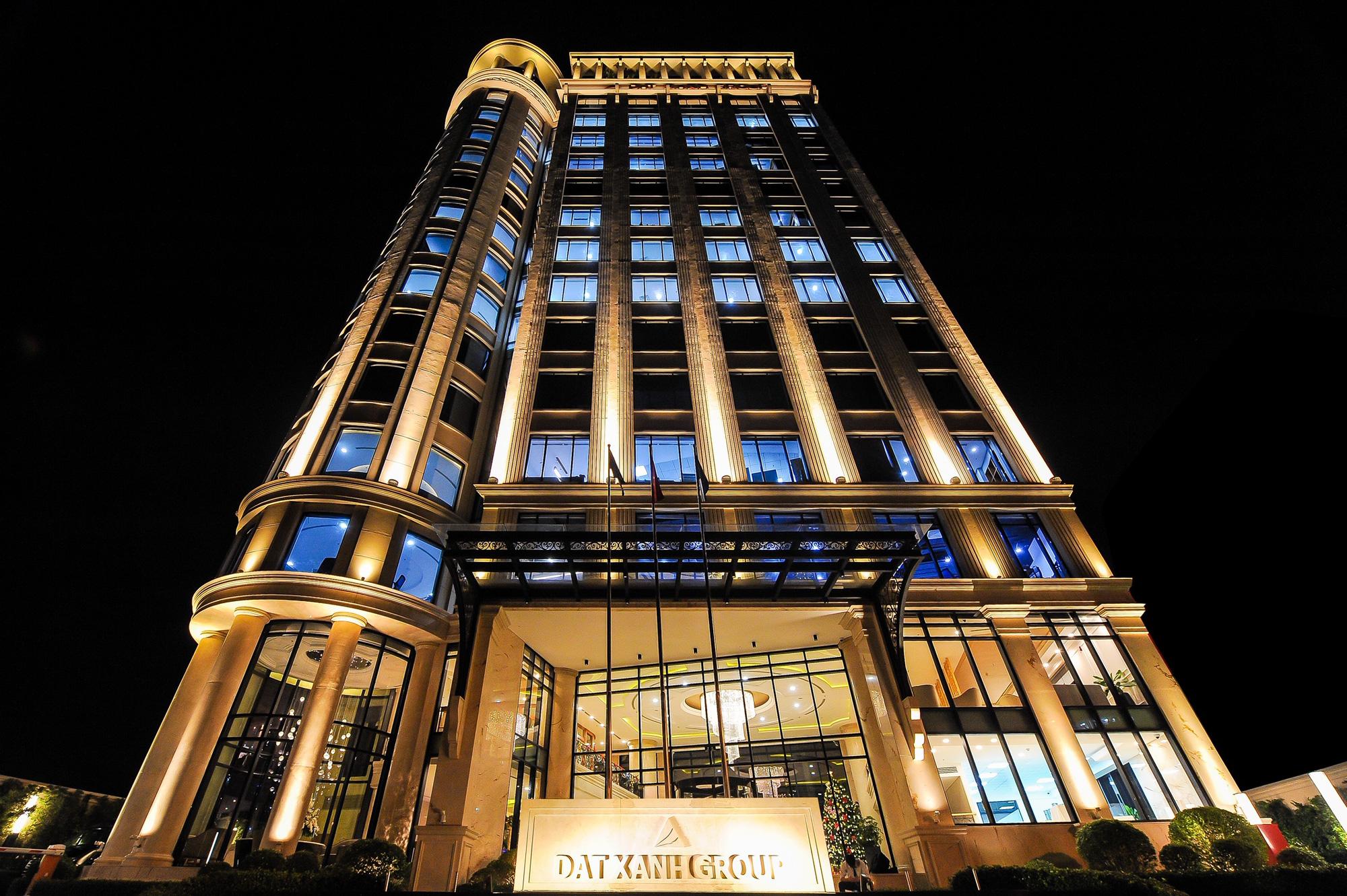 Tập đoàn Đất Xanh tiếp tục được vinh danh Top 10 doanh nghiệp BĐS tư nhân lớn nhất Việt Nam năm 2020 - Ảnh 3.