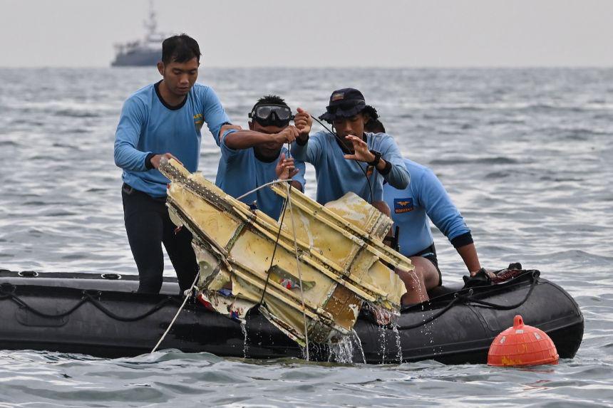 Rơi máy bay Indonesia: Cục Hàng không Việt Nam lên tiếng - Ảnh 1.