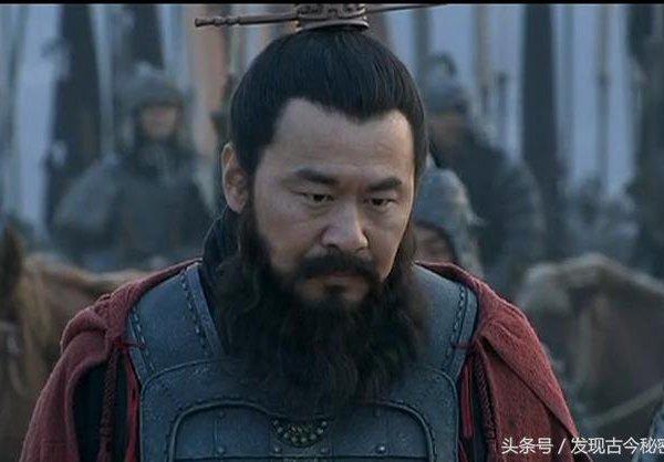 Tam quốc diễn nghĩa: Cuộc chiến giữa 70 vạn quân của Viên Thiệu với 7 vạn quân của Tào Tháo - Ảnh 3.