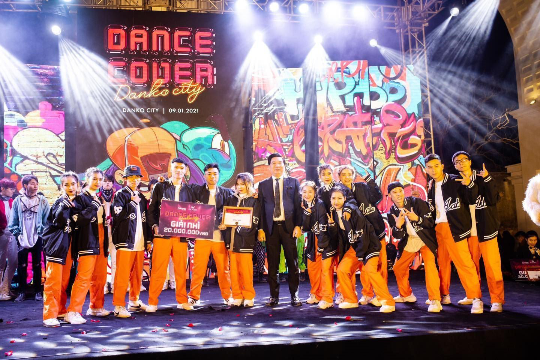 Dance cover Danko City: Bùng cháy với các vũ điệu Kpop cùng Cường seven - Ảnh 8.