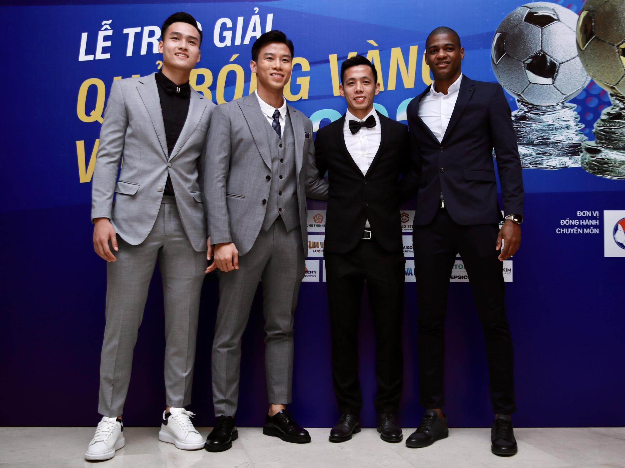Cầu thủ trẻ Bùi Hoàng Việt Anh được vinh danh - Ảnh 4.