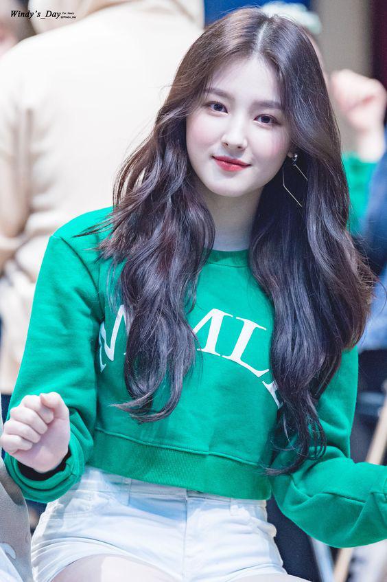 Nancy (Momoland) ca sĩ Hàn Quốc bị phát tán ảnh nhạy cảm tại AAA Việt Nam xinh đẹp đến cỡ nào? - Ảnh 13.