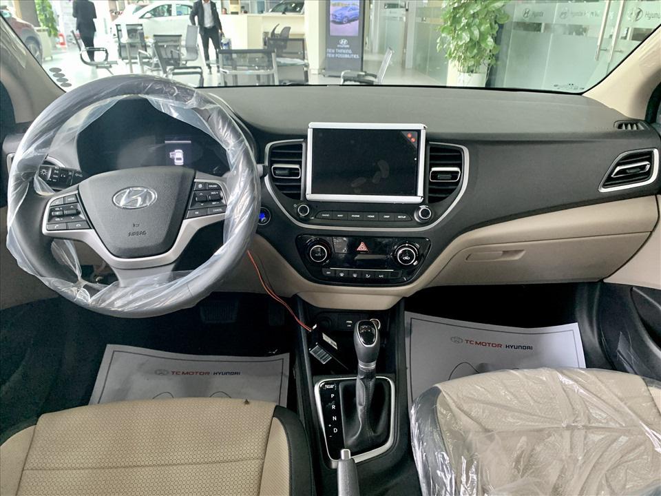 Thiết kế hút khách Việt, Hyundai Accent so kè cực gắt Toyota Vios - Ảnh 11.