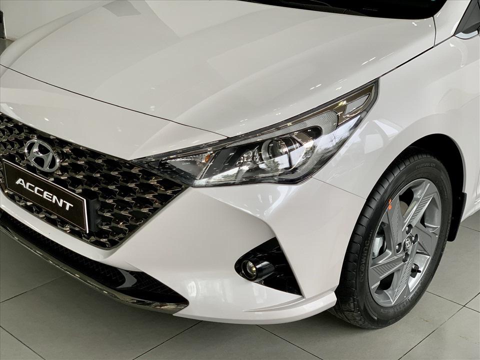 Thiết kế hút khách Việt, Hyundai Accent so kè cực gắt Toyota Vios - Ảnh 3.
